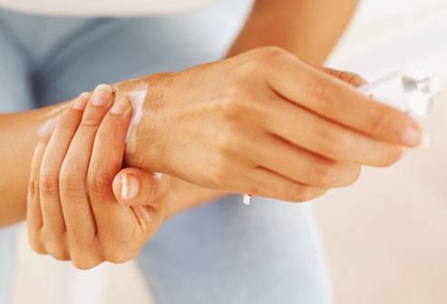 تأثیر پماد های گیاهی در درمان آرتریت