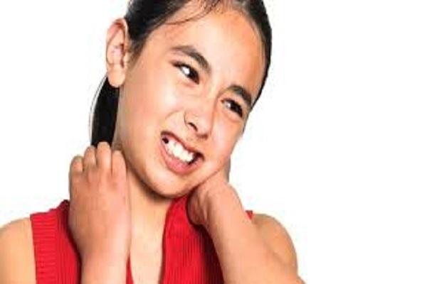 درمان گردن درد کودکان و نوجوانان در بهترین کلینیک ارتوپدی